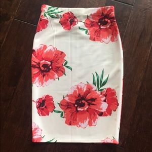 Dresses & Skirts - Floral Pencil Skirt - so cute for spring!!